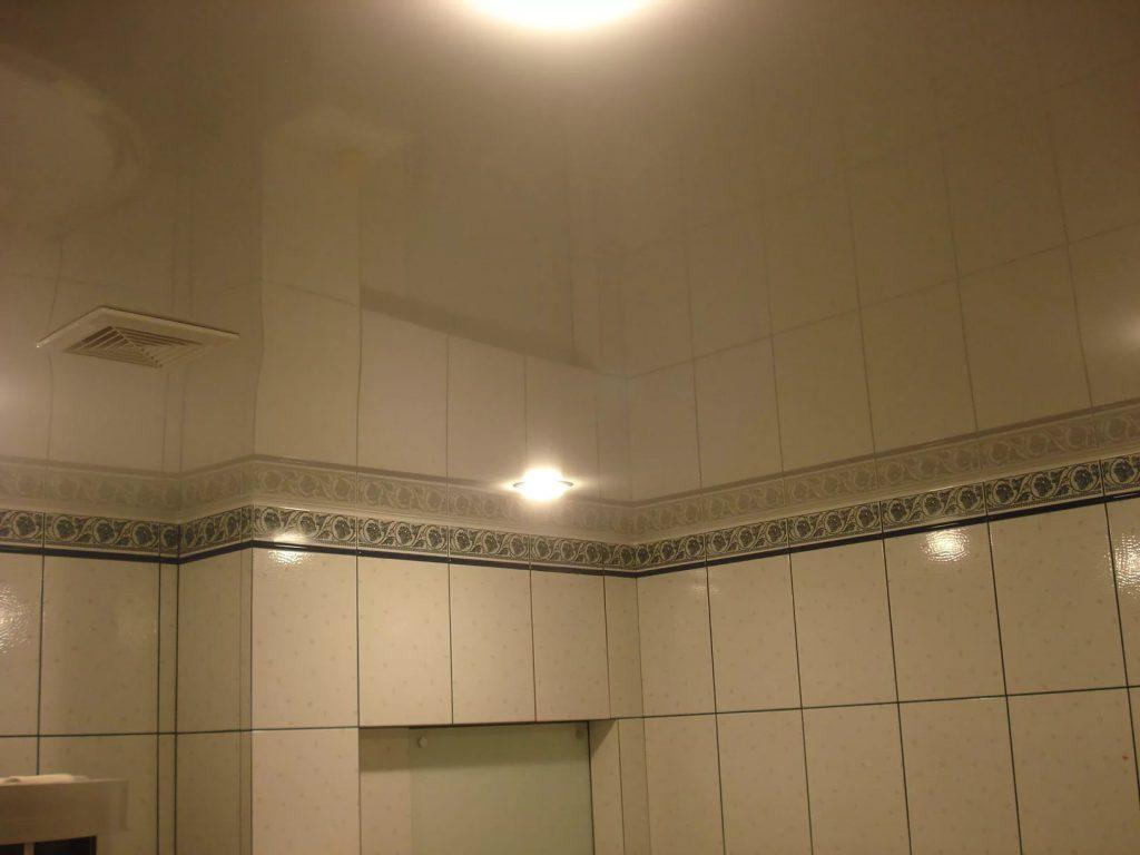 Зеркальные натяжные потолки 3