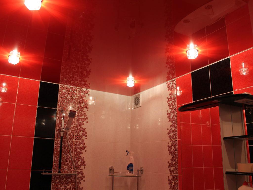 Натяжные потолки в ванную 13