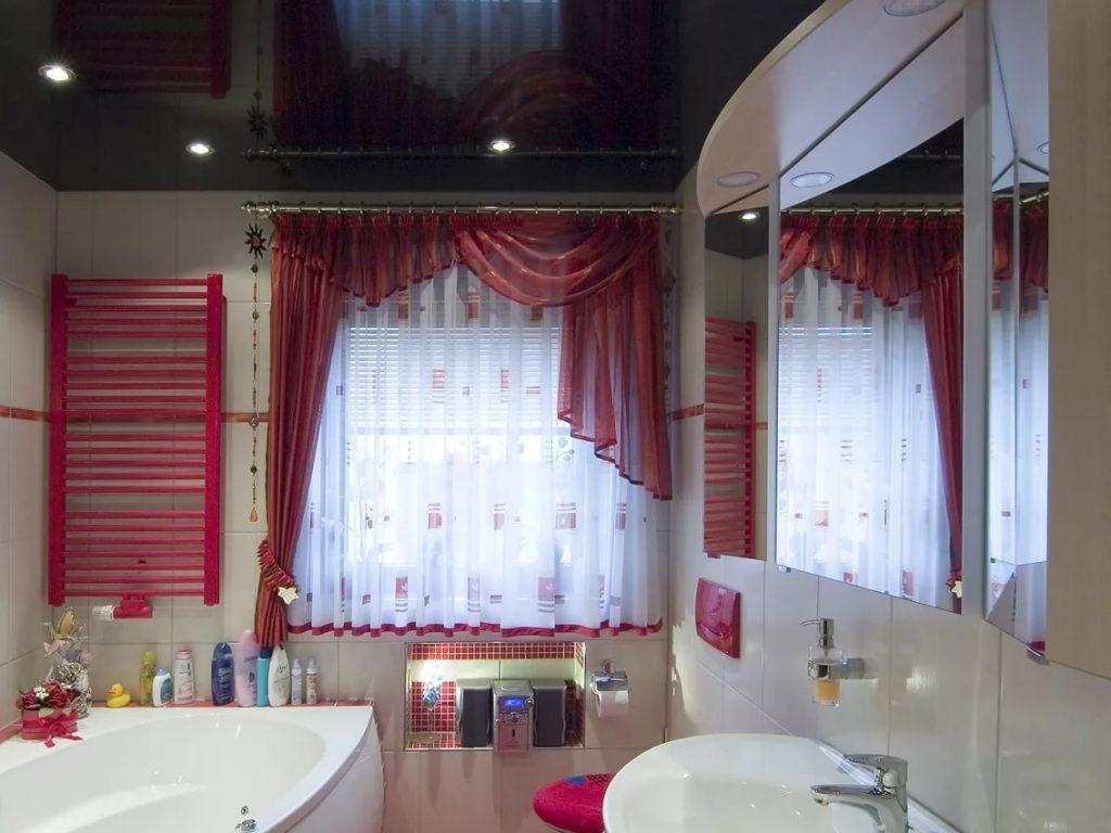 Натяжные потолки в ванную 5