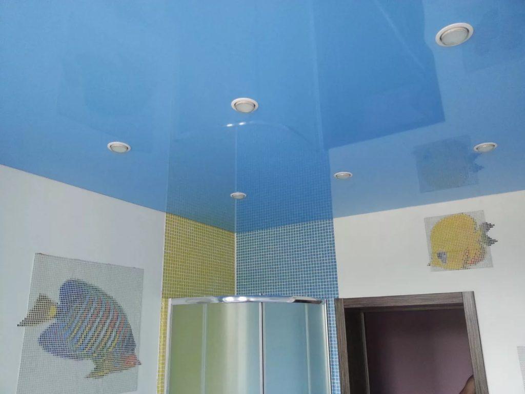Натяжные потолки в ванную 7