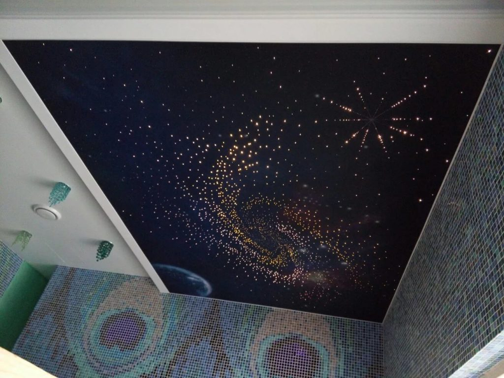 Натяжные потолки звездное небо 13