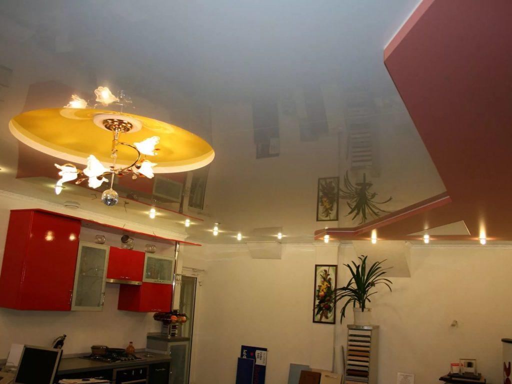 Натяжные потолки на кухню 2