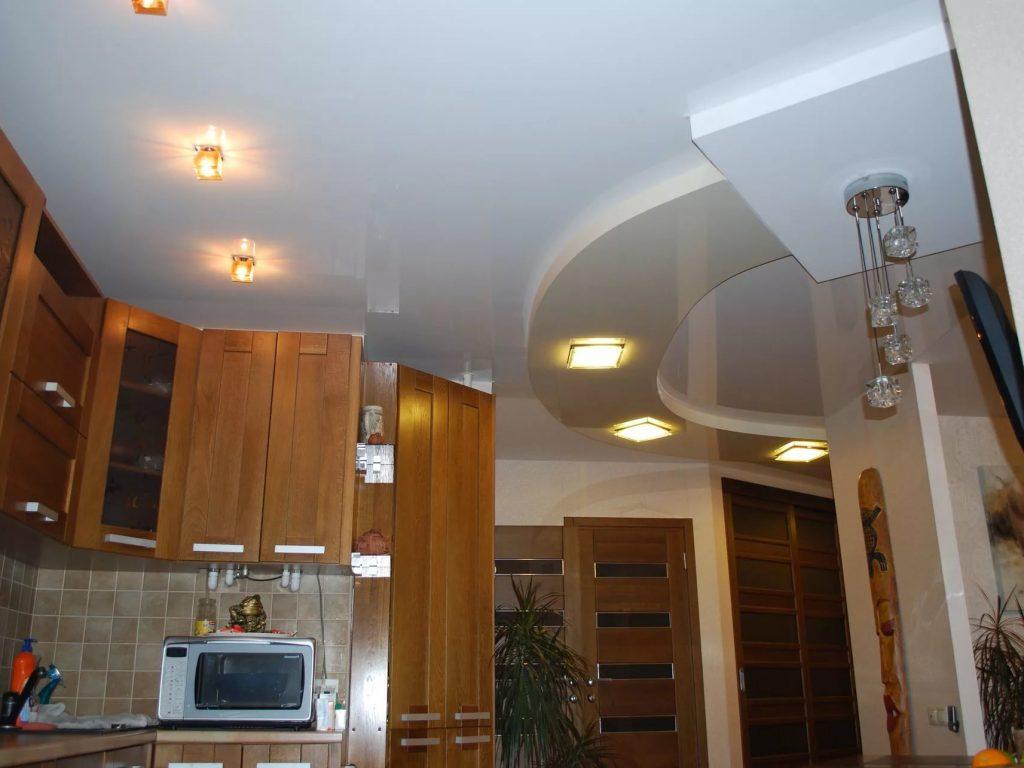 Натяжные потолки на кухню 6